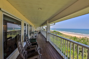 Beach House Picture 15