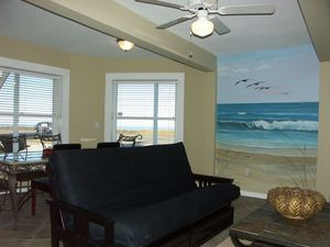 One Bedroom Oceanfront Center Picture 6