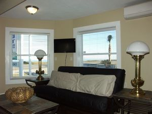 One Bedroom Oceanfront Center Picture 3