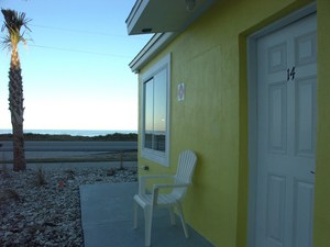 One Bedroom Oceanfront Picture 3